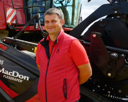 Savaeigės derliaus nuėmimo mašinos padės mažinti chemijos naudojimą