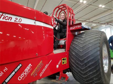 ... kai tėtis nusipirko pirmąjį Agrifac lenktyninį traktorių