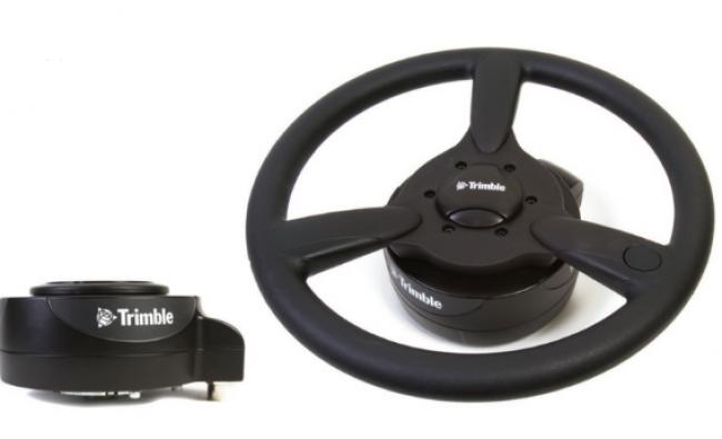 EZ-Pilot pagalbinio vairavimo sistema montuojama ant vairo kolonėlės