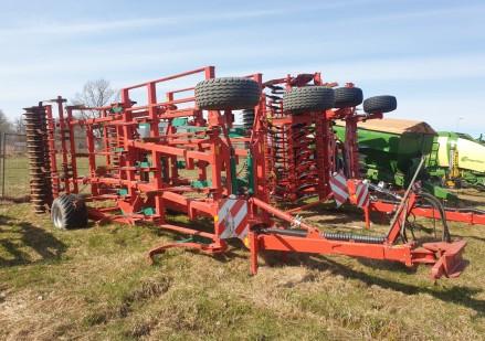 Kverneland CTC prikabinamas dirvos skutikas