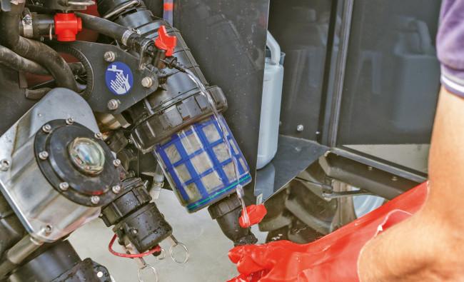 Prikabinami purkštuvai Kverneland iXtrack T6